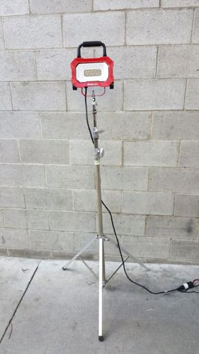 Picture of Worklights - Single LED W/Stand