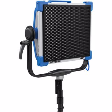 Picture of SkyPanel - S30 - HoneyComb 60 Deg